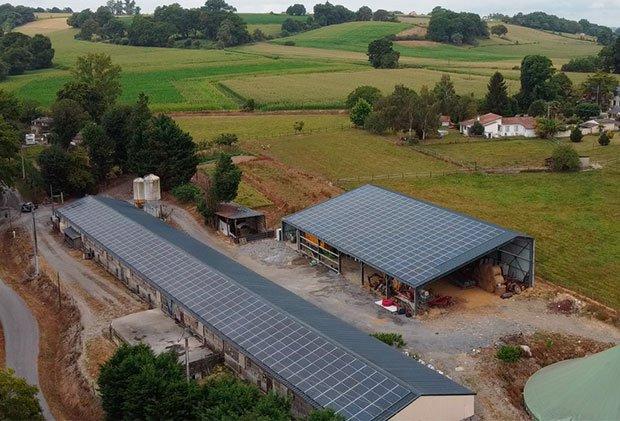 toiture solaire sur bâtiment existant